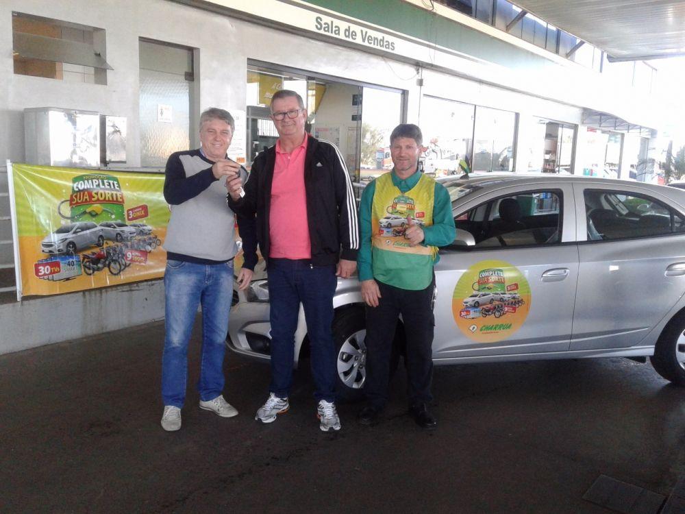 Cliente Charrua Lajeado abasteceu GNV e levou pra casa um carro Ônix 0KM