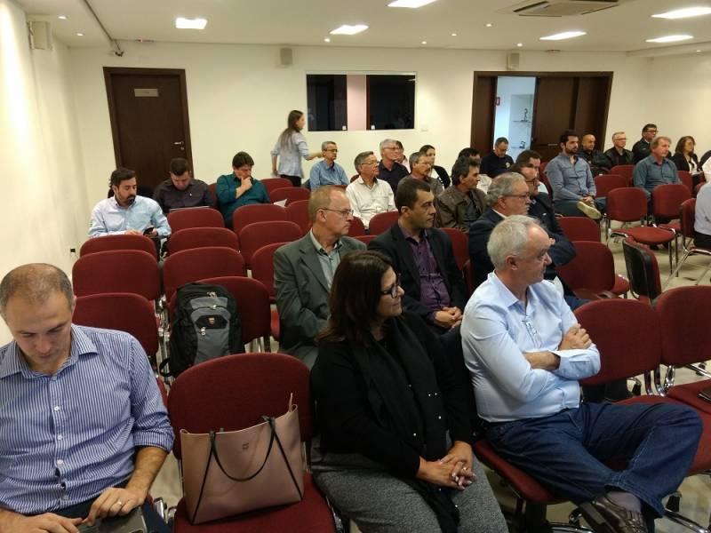 Dirigentes e Técnicos no evento