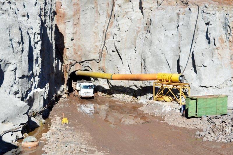 Acesso do início da escavação do túnel parte I