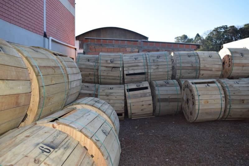 Cabos de fibra serão utilizados nos projetos de expansão da Creral Telecom