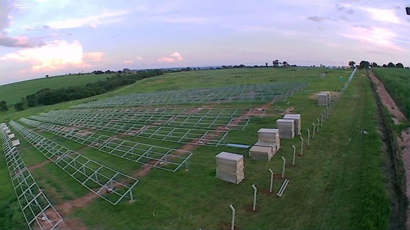 Em Iacanga-SP o local de instalação da UFV Iacanga já recebeu as bases e as placas devem ser colocadas nos proximos dias