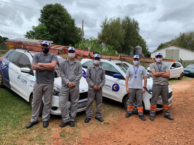 Equipe de campo da CoprelTelecom preparada e capacitada para as instalações